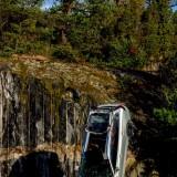 Volvo-distruge-masini-1-scaled746458bef0ad880c