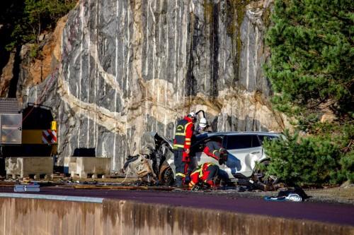 Volvo-distruge-masini-2-scaled3ce529967a384c0f.jpg