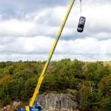 Volvo-distruge-masini-5-scaled3e081ae84522106f